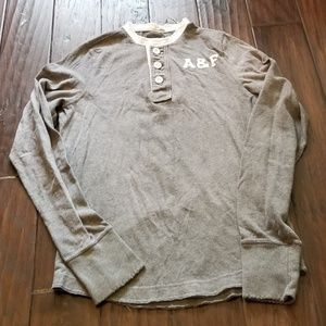 Abercrombie & Fitch Mens Muscle Henley Distressed